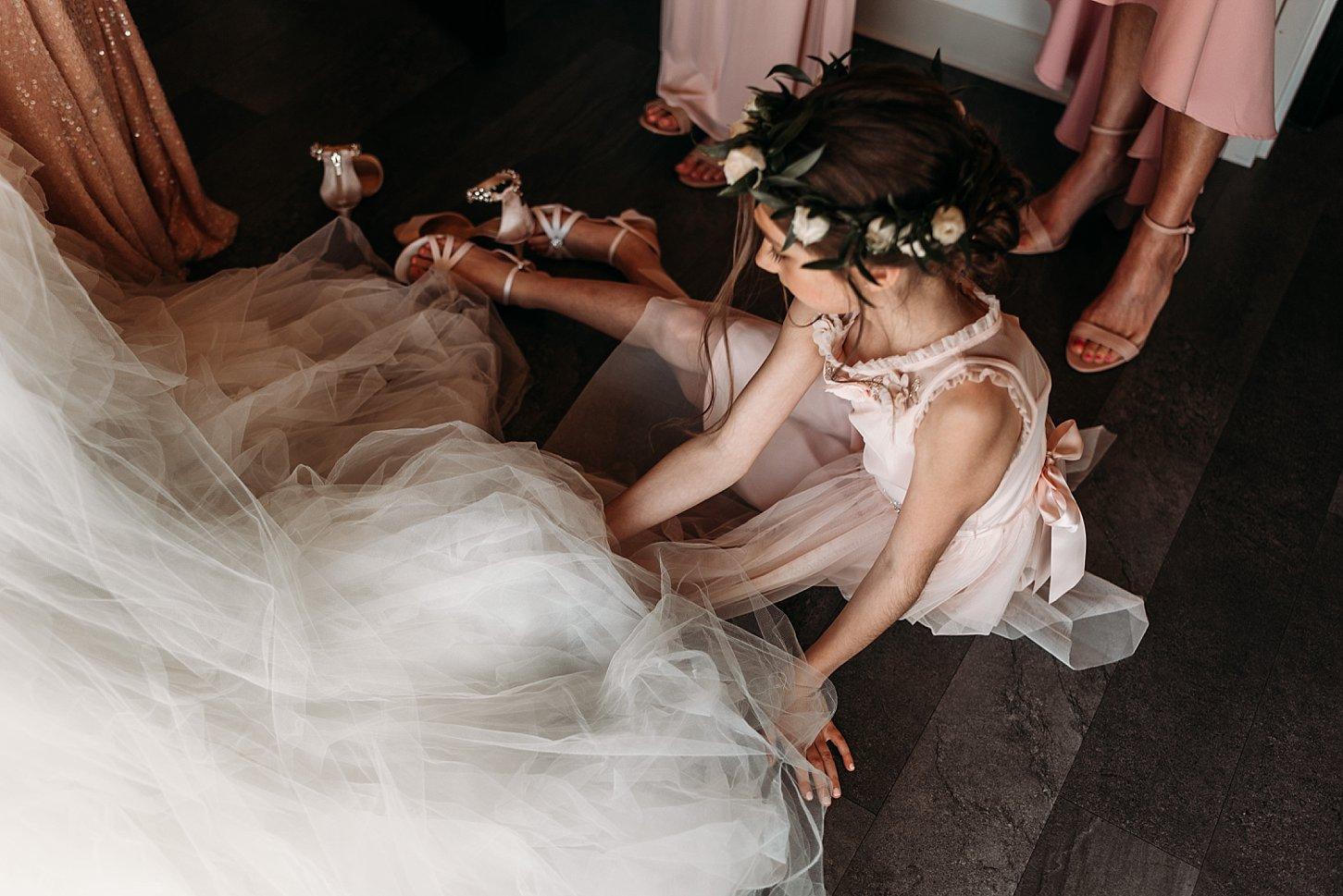 gather on broadway wedding photographer carlee secor photography elegant beautiful boho