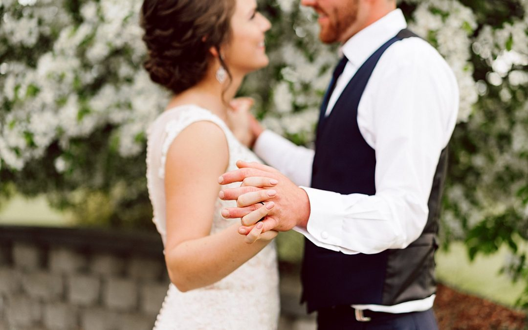 Joliette & Levi Wedding – Bark River, Michigan